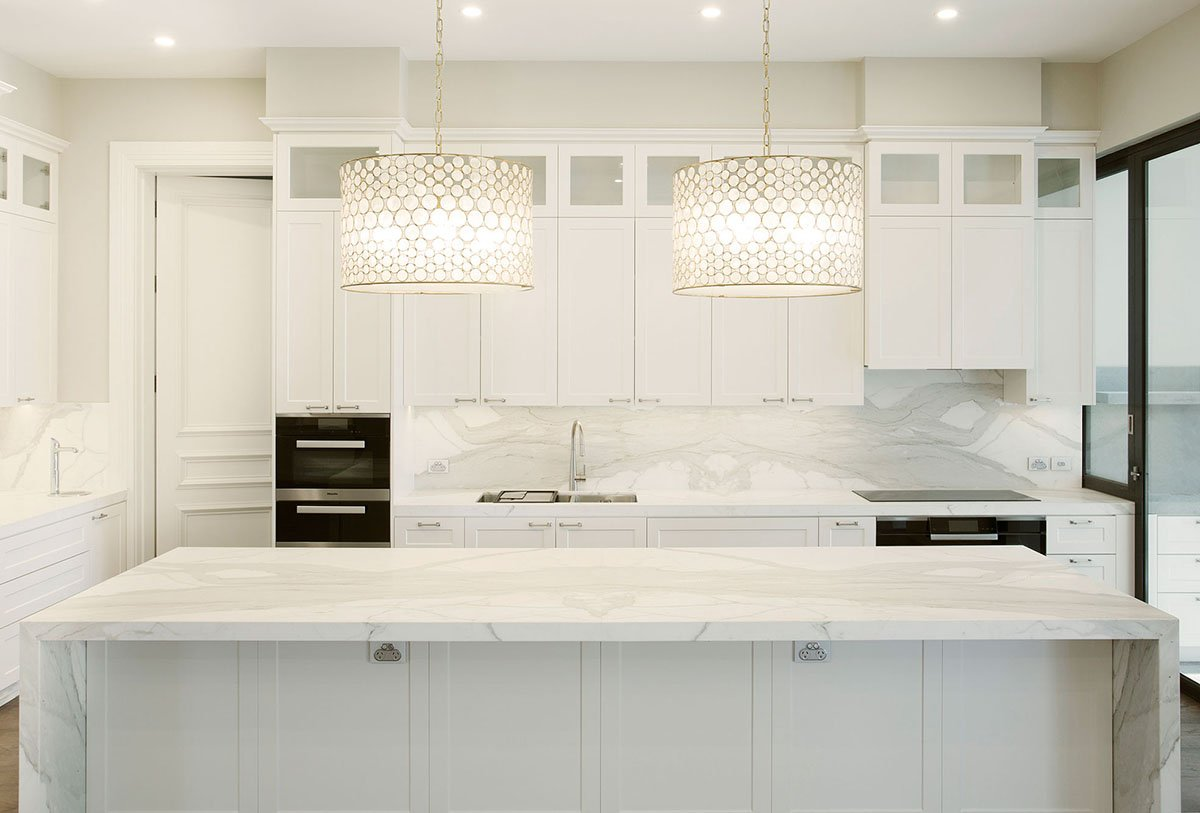 white-kitchen-alt